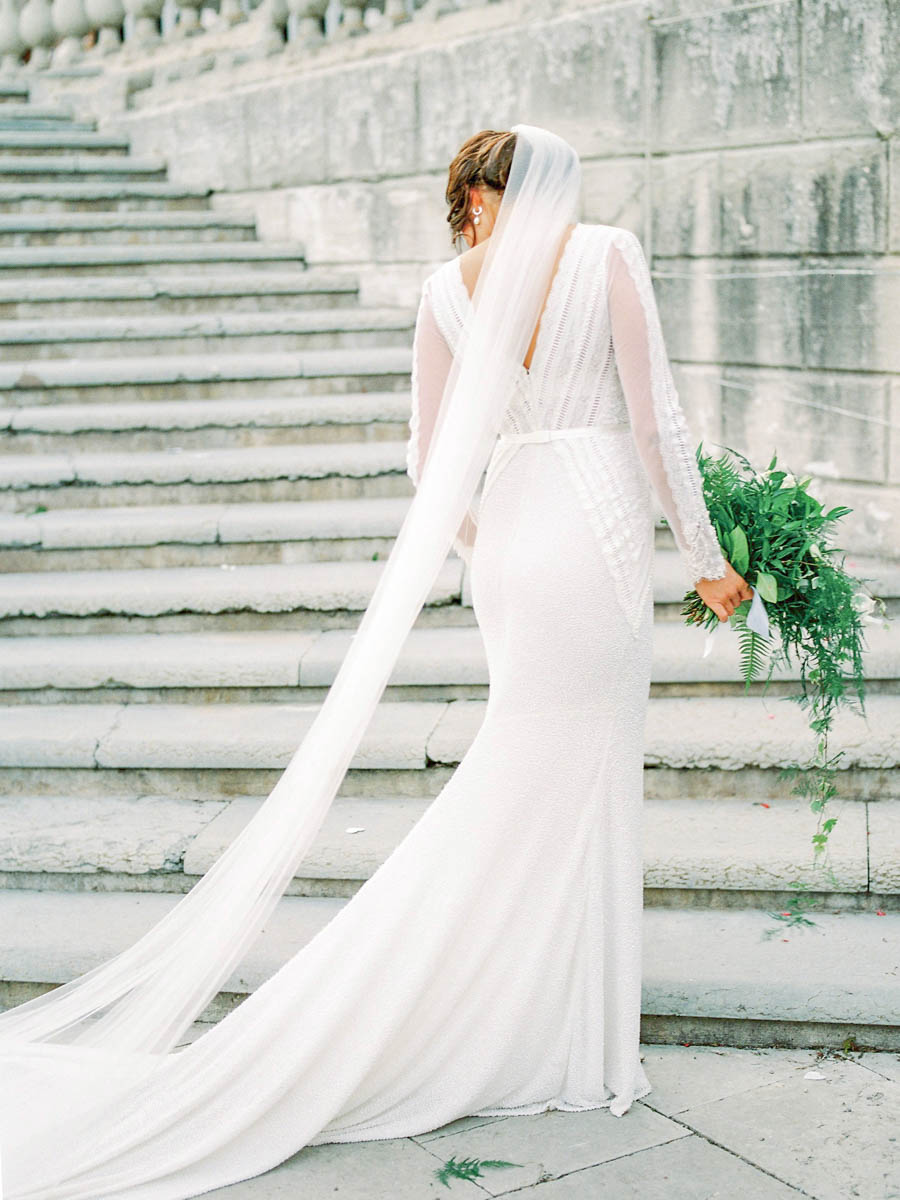 bride in Ida Lanto couture gown